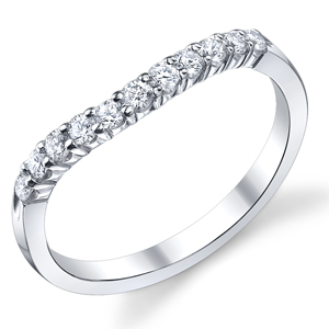 18k White Gold Curved Diamond Band t.w. approx 1/5ct