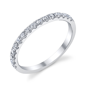 18k White Gold Diamond Wedding Band t.w. approx .35 Ct